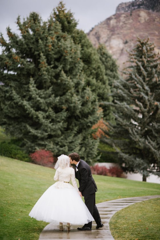 Provo LDS Temple Wedding - Utah Wedding Photographer